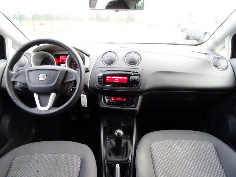 Photo 12 de l'offre de SEAT IBIZA 1.6 TDI90 FAP STYLE 5P à 6790€ chez International Auto Auneau
