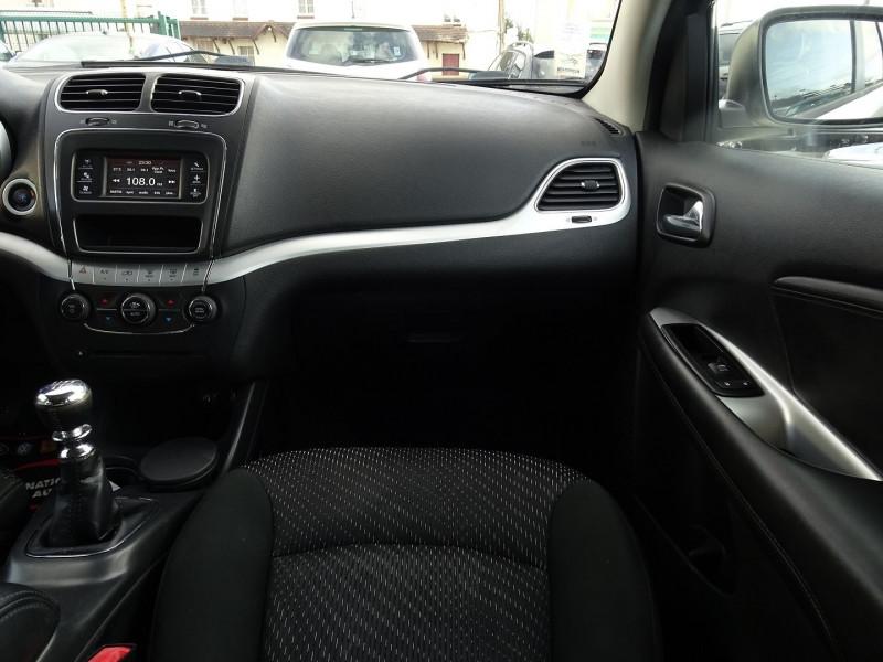 Photo 9 de l'offre de FIAT FREEMONT 2.0 MULTIJET 16V 170CH URBAN à 12990€ chez International Auto Auneau