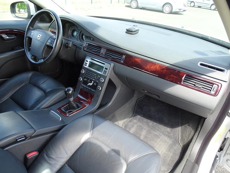 Photo 11 de l'offre de VOLVO S80 2.0 D 136CH MOMENTUM à 8490€ chez International Auto Auneau