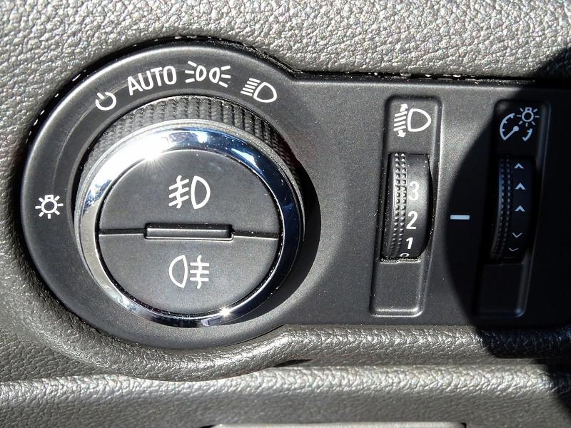 Photo 13 de l'offre de OPEL CASCADA 2.0 CDTI 165CH COSMO PACK START&STOP à 13590€ chez International Auto Auneau