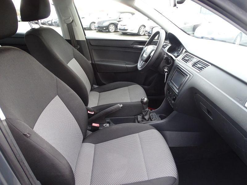 Photo 11 de l'offre de SEAT TOLEDO 1.2 TSI 105CH REFERENCE à 8490€ chez International Auto Auneau