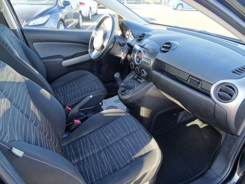 Photo 9 de l'offre de MAZDA MAZDA 2 1.4 MZ-CD ELEGANCE 5P à 5990€ chez International Auto Auneau