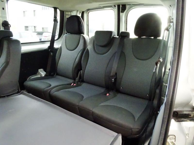 Photo 19 de l'offre de FIAT SCUDO PANORAMA CH1 1.6 MULTIJET 16V 8/9 PLACES à 11990€ chez International Auto Auneau