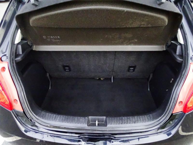 Photo 13 de l'offre de MAZDA MAZDA 2 1.4 MZ-CD ELEGANCE 5P à 5990€ chez International Auto Auneau