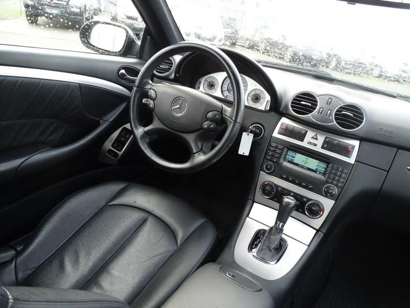 Photo 12 de l'offre de MERCEDES-BENZ CLASSE CLK (C209) 320 CDI AVANTGARDE 7GTRO à 9890€ chez International Auto Auneau