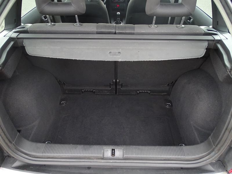 Photo 7 de l'offre de AUDI A2 1.4 TDI 90CH PACK à 5890€ chez International Auto Auneau