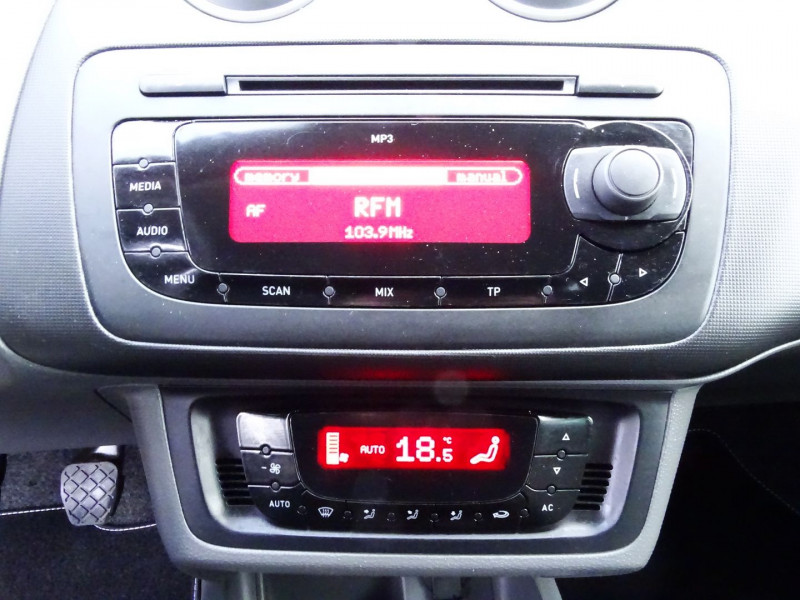 Photo 9 de l'offre de SEAT IBIZA 1.6 TDI90 FAP STYLE 5P à 6790€ chez International Auto Auneau