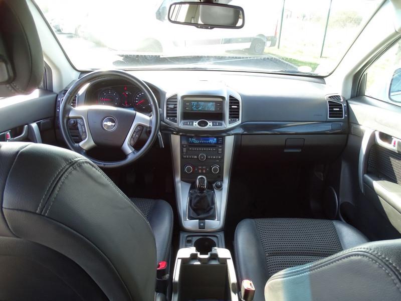 Photo 10 de l'offre de CHEVROLET CAPTIVA 2.2 VCDI163 LT S&S à 9990€ chez International Auto Auneau
