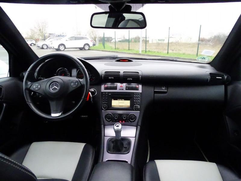 Photo 6 de l'offre de MERCEDES-BENZ CLASSE CLC (CL203) 180K à 9890€ chez International Auto Auneau