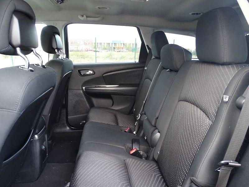 Photo 7 de l'offre de FIAT FREEMONT 2.0 MULTIJET 16V 140CH URBAN à 10790€ chez International Auto Auneau