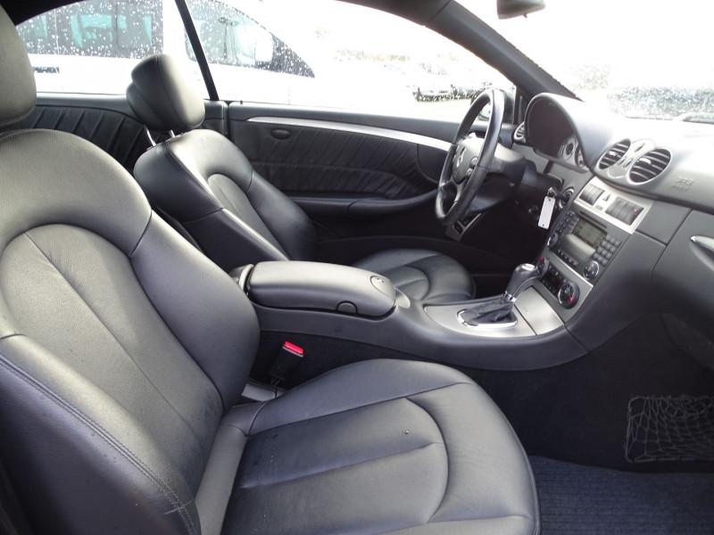 Photo 14 de l'offre de MERCEDES-BENZ CLASSE CLK (C209) 320 CDI AVANTGARDE 7GTRO à 9890€ chez International Auto Auneau