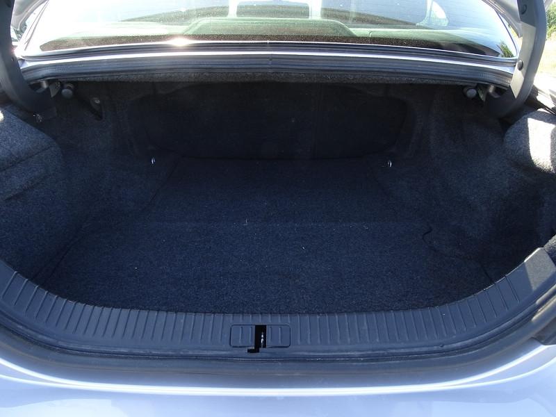 Photo 12 de l'offre de JAGUAR S-TYPE 2.7D BI-TURBO SPORT à 8690€ chez International Auto Auneau