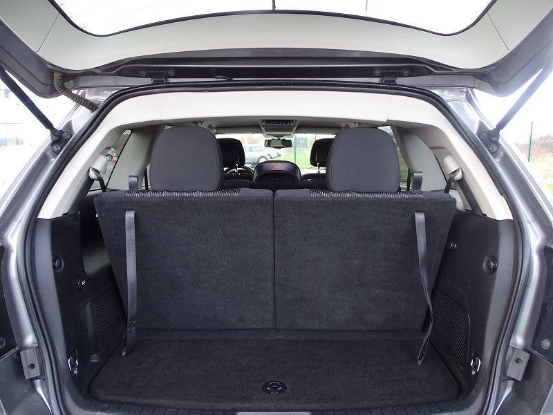 Photo 12 de l'offre de FIAT FREEMONT 2.0 MULTIJET 16V 140CH URBAN à 10790€ chez International Auto Auneau