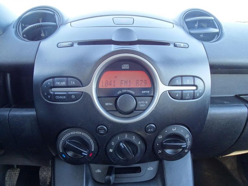Photo 6 de l'offre de MAZDA MAZDA 2 1.4 MZ-CD ELEGANCE 5P à 5990€ chez International Auto Auneau