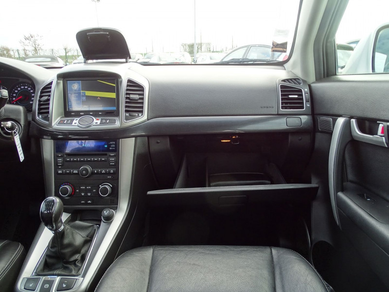 Photo 11 de l'offre de CHEVROLET CAPTIVA 2.2 VCDI163 LT+ S&S à 10790€ chez International Auto Auneau