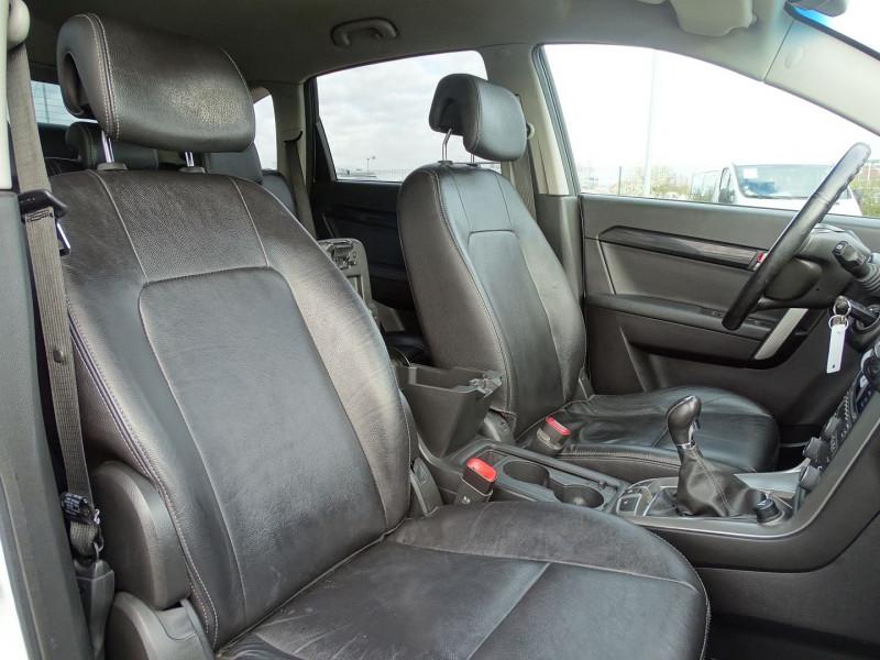 Photo 12 de l'offre de CHEVROLET CAPTIVA 2.2 VCDI163 LT+ S&S à 10790€ chez International Auto Auneau