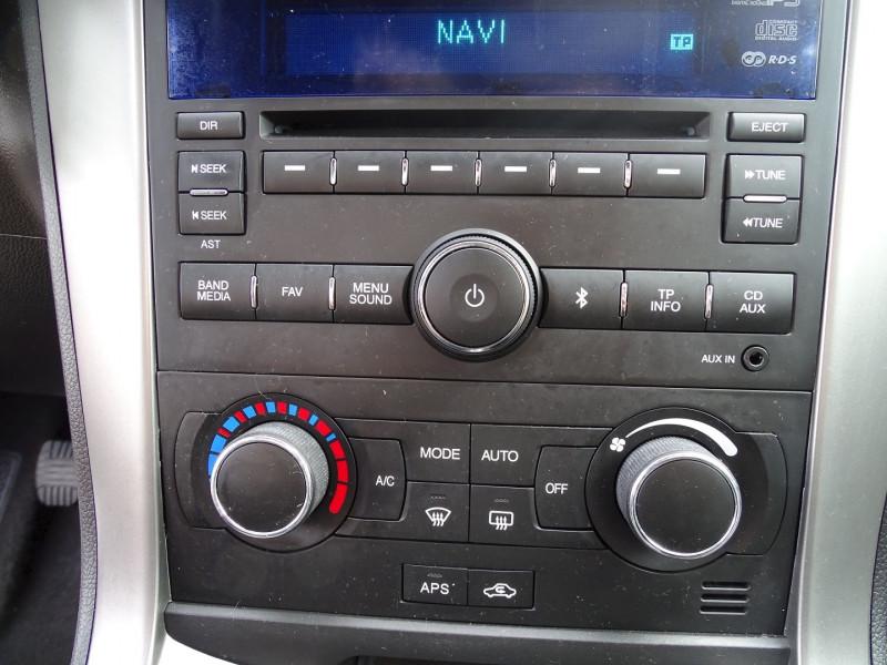 Photo 13 de l'offre de CHEVROLET CAPTIVA 2.2 VCDI163 LT+ S&S à 10790€ chez International Auto Auneau