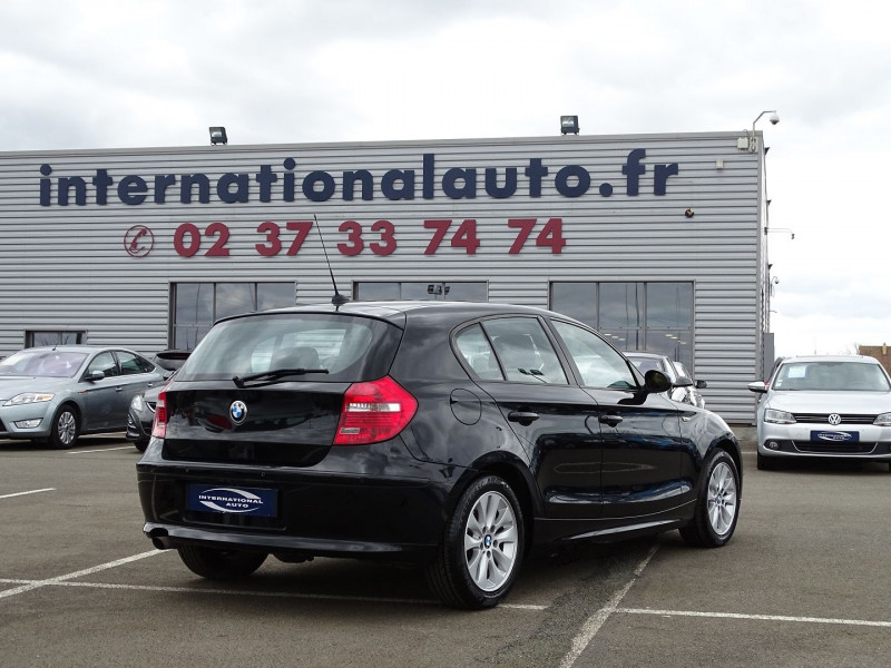 Photo 3 de l'offre de BMW SERIE 1 (E81/E87) 118D 143CH CONFORT 5P à 8190€ chez International Auto Auneau