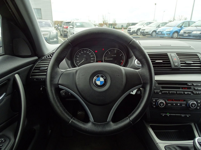 Photo 8 de l'offre de BMW SERIE 1 (E81/E87) 118D 143CH CONFORT 5P à 8190€ chez International Auto Auneau