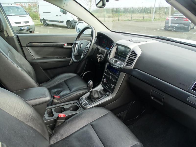 Photo 8 de l'offre de CHEVROLET CAPTIVA 2.2 VCDI163 LT+ S&S à 10790€ chez International Auto Auneau