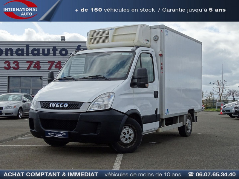 Photo 1 de l'offre de IVECO DAILY CCB 35C11 EMP 3.45M à 15690€ chez International Auto Auneau