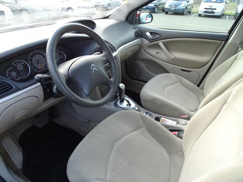 Photo 3 de l'offre de CITROEN C5 2.0I 16V 143CH PACK AMBIANCE BA à 3590€ chez International Auto Auneau