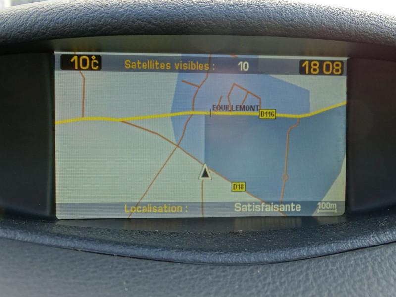 Photo 10 de l'offre de CITROEN C5 2.0I 16V 143CH PACK AMBIANCE BA à 3590€ chez International Auto Auneau