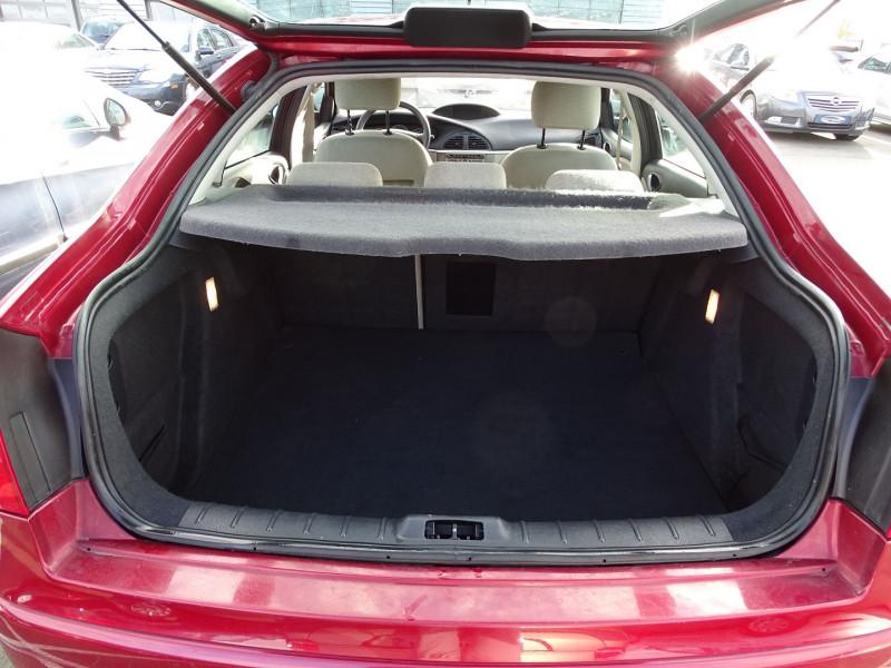 Photo 7 de l'offre de CITROEN C5 2.0I 16V 143CH PACK AMBIANCE BA à 3590€ chez International Auto Auneau