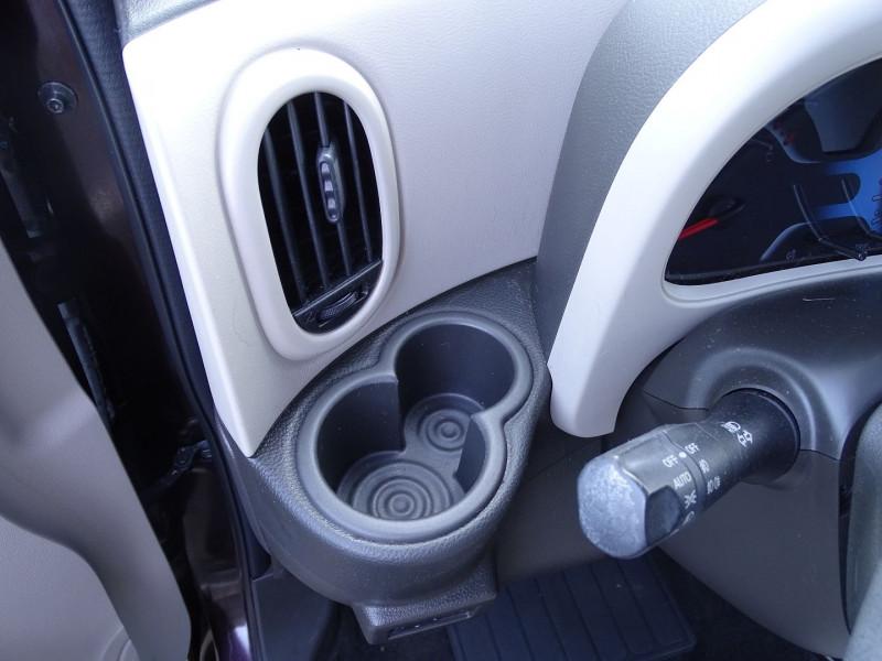 Photo 12 de l'offre de NISSAN CUBE 1.5 DCI 110CH FAP PURE à 5990€ chez International Auto Auneau
