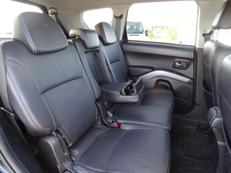 Photo 6 de l'offre de PEUGEOT 4007 2.2 HDI 16V FAP DRIVETECH II DCS6 à 9890€ chez International Auto Auneau