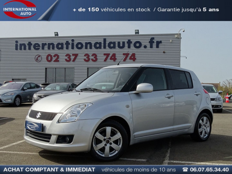Photo 1 de l'offre de SUZUKI SWIFT 1.3 VVT GLX BMR 5P à 6990€ chez International Auto Auneau
