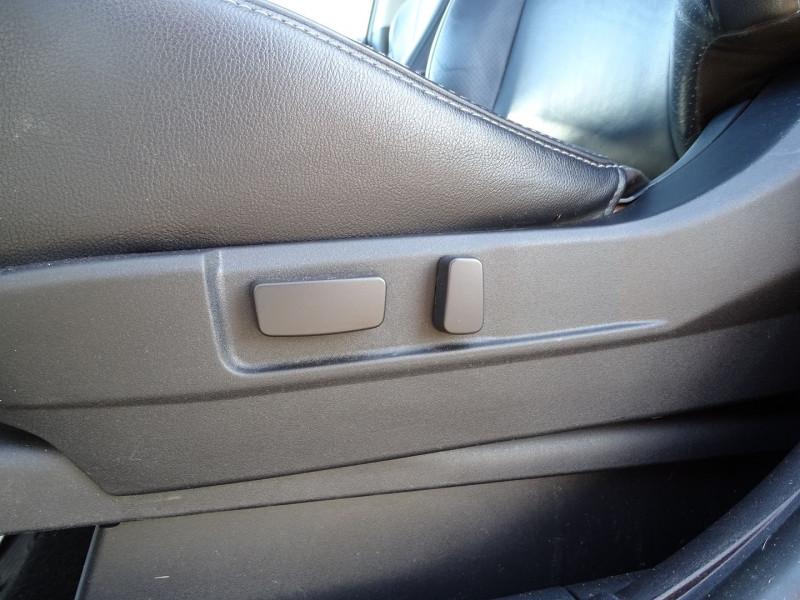 Photo 17 de l'offre de PEUGEOT 4007 2.2 HDI 16V FAP DRIVETECH II DCS6 à 9890€ chez International Auto Auneau