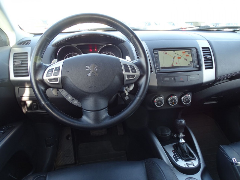 Photo 8 de l'offre de PEUGEOT 4007 2.2 HDI 16V FAP DRIVETECH II DCS6 à 9890€ chez International Auto Auneau