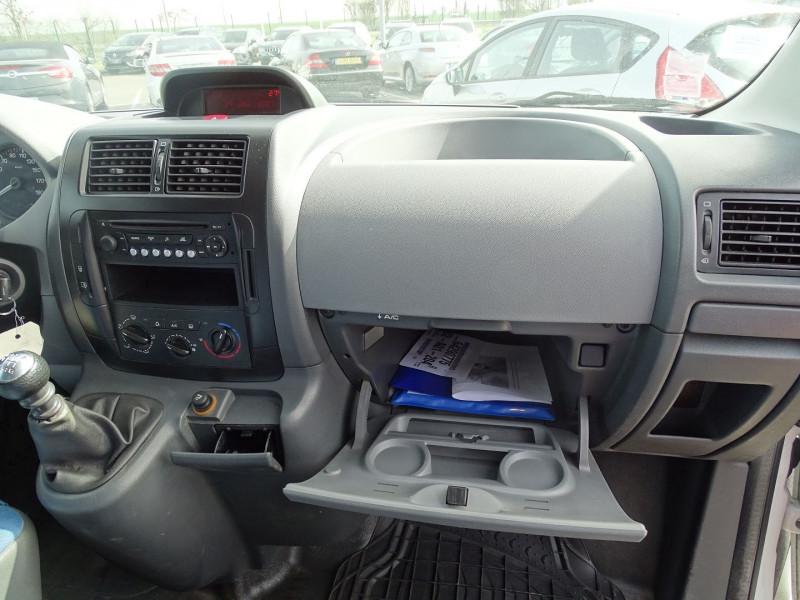Photo 6 de l'offre de FIAT SCUDO FG 1.2 CH1 MULTIJET 16V 120CH PACK à 8490€ chez International Auto Auneau
