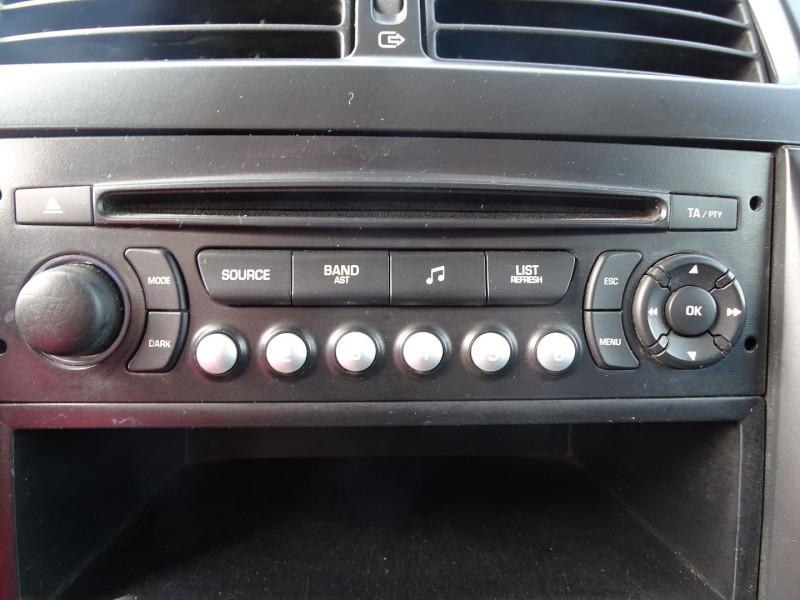 Photo 10 de l'offre de FIAT SCUDO FG 1.2 CH1 MULTIJET 16V 120CH PACK à 8490€ chez International Auto Auneau