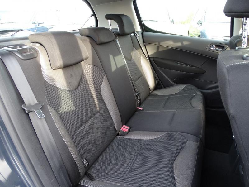 Photo 6 de l'offre de PEUGEOT 308 1.6 THP 16V PREMIUM PACK BAA 5P à 8190€ chez International Auto Auneau