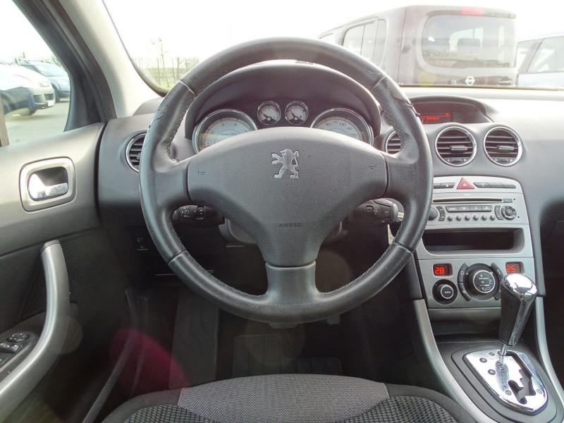 Photo 11 de l'offre de PEUGEOT 308 1.6 THP 16V PREMIUM PACK BAA 5P à 8190€ chez International Auto Auneau