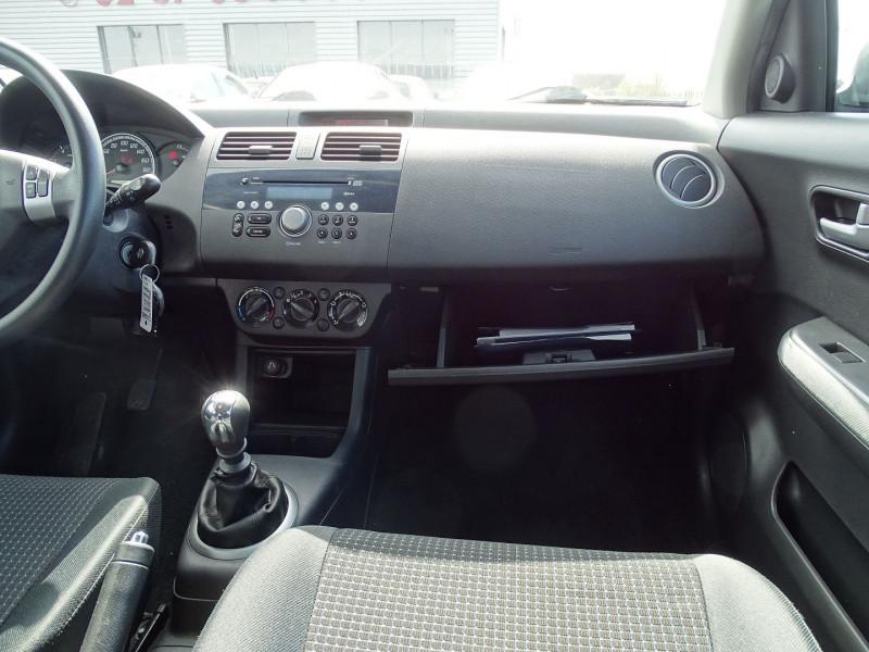 Photo 11 de l'offre de SUZUKI SWIFT 1.3 DDIS GL 5P à 5690€ chez International Auto Auneau
