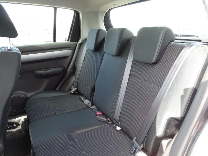 Photo 5 de l'offre de SUZUKI SWIFT 1.3 DDIS GL 5P à 5690€ chez International Auto Auneau