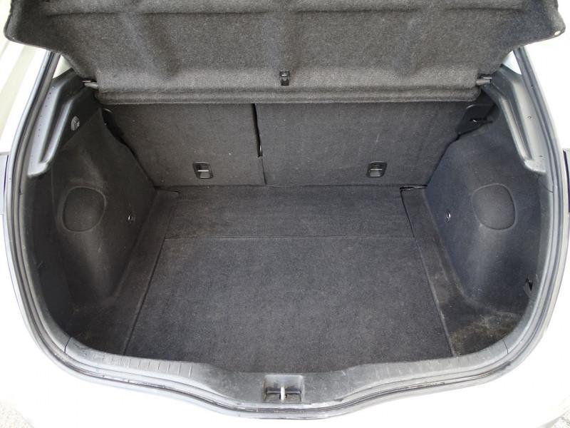Photo 17 de l'offre de HONDA CIVIC 1.8 I-VTEC EXECUTIVE CUIR/NAVI 5P à 7890€ chez International Auto Auneau
