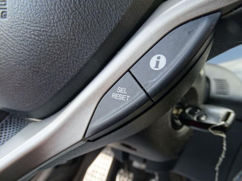 Photo 15 de l'offre de HONDA CIVIC 1.8 I-VTEC EXECUTIVE CUIR/NAVI 5P à 7890€ chez International Auto Auneau