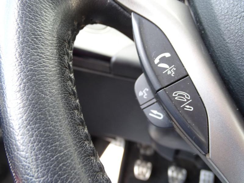 Photo 14 de l'offre de HONDA CIVIC 1.8 I-VTEC EXECUTIVE CUIR/NAVI 5P à 7890€ chez International Auto Auneau