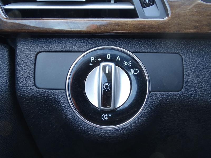 Photo 14 de l'offre de MERCEDES-BENZ CLASSE E (W212) 250 CDI BE ELEGANCE EXECUTIVE à 12690€ chez International Auto Auneau