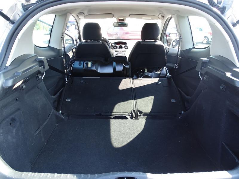 Photo 10 de l'offre de PEUGEOT 308 1.6 VTI 16V PREMIUM 3P à 5990€ chez International Auto Auneau