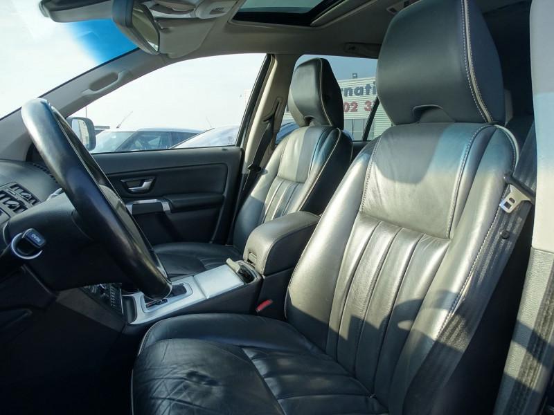 Photo 4 de l'offre de VOLVO XC90 D5 AWD 200CH XENIUM GEARTRONIC 7 PLACES à 21690€ chez International Auto Auneau