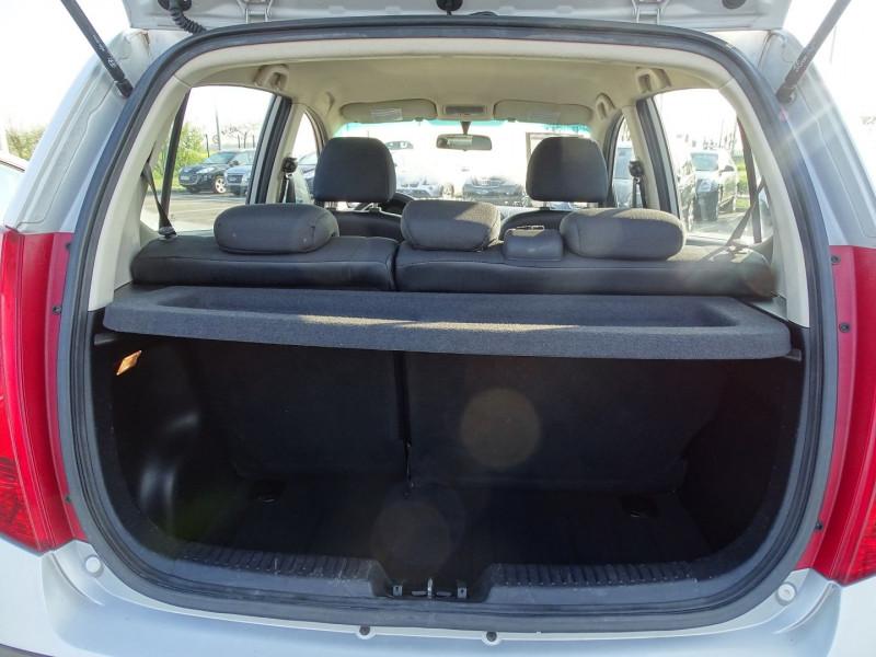 Photo 15 de l'offre de HYUNDAI I10 1.2 PACK à 4290€ chez International Auto Auneau