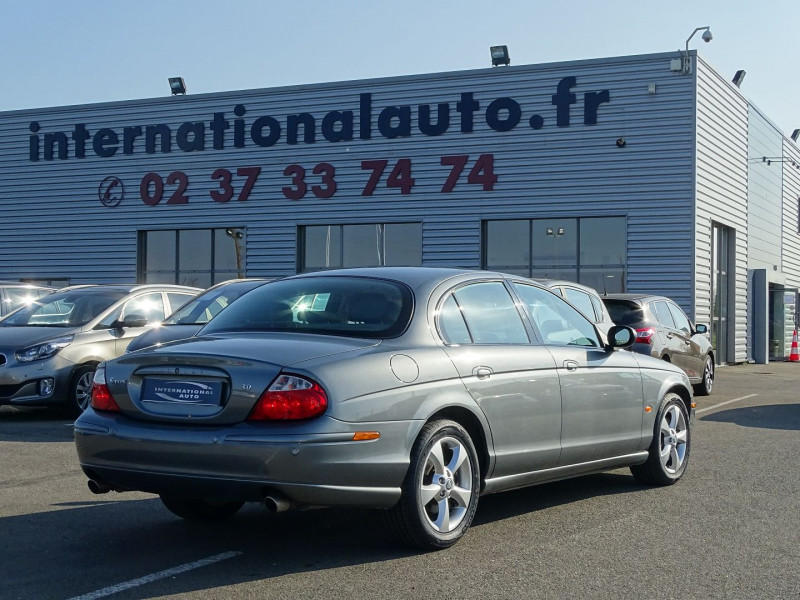 Photo 2 de l'offre de JAGUAR S-TYPE 3.0 V6 SPORT à 7590€ chez International Auto Auneau