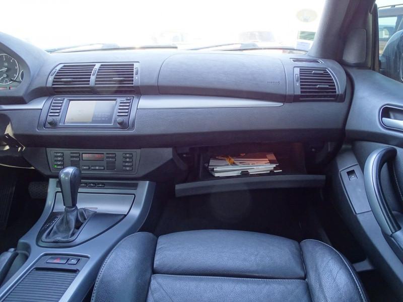Photo 12 de l'offre de BMW X5 (E53) 3.0DA 218CH PACK LUXE à 10390€ chez International Auto Auneau