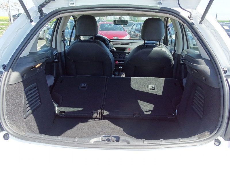 Photo 7 de l'offre de CITROEN C3 1.4 I GPL ATTRACTION à 5490€ chez International Auto Auneau