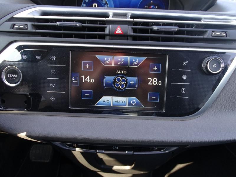 Photo 14 de l'offre de CITROEN GRAND C4 PICASSO BLUEHDI 150CH BUSINESS S&S EAT6 à 11690€ chez International Auto Auneau